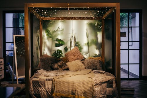 DIY: Amp Up Your Room!